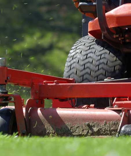 DeRoman Landscaping LLC Commercial Lawn Mowing